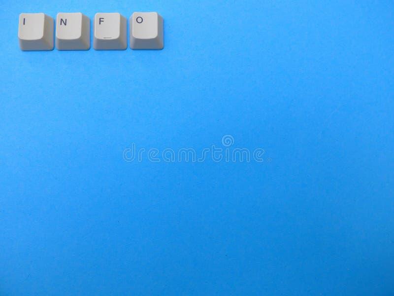 Les boutons d'ordinateur forment une abréviation de l'information de l'INFORMATION Ordinateur et argot d'Internet, fond photographie stock libre de droits