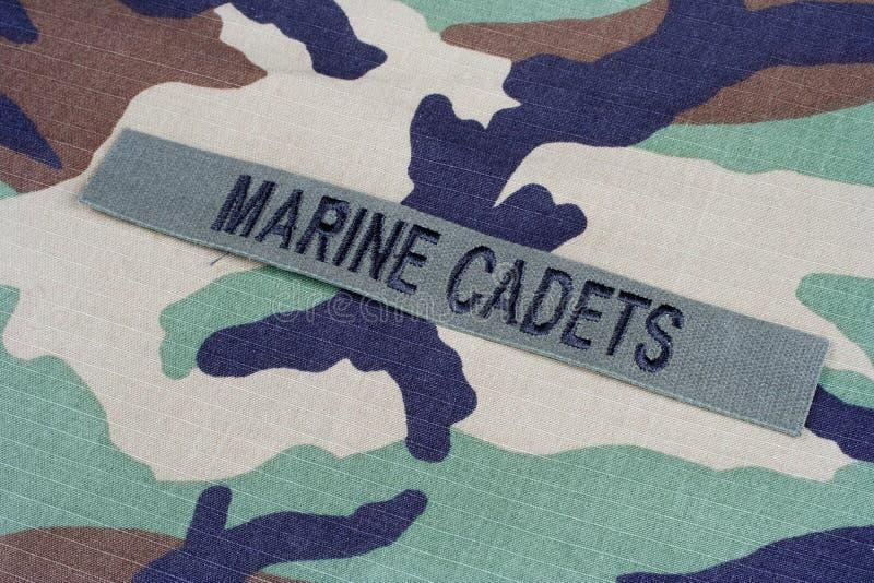 Les CADETS MARINS des USA s'embranchent bande sur l'uniforme de camouflage de région boisée image stock