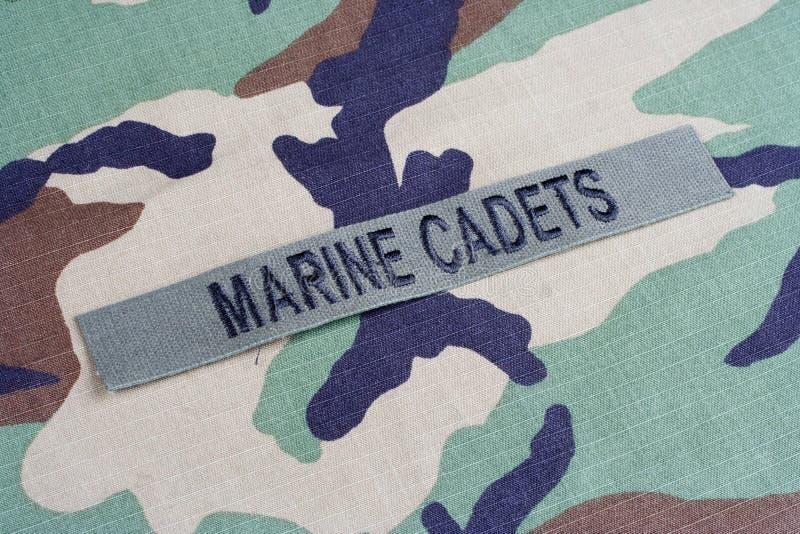 Les CADETS MARINS des USA s'embranchent bande sur l'uniforme de camouflage de région boisée photos libres de droits