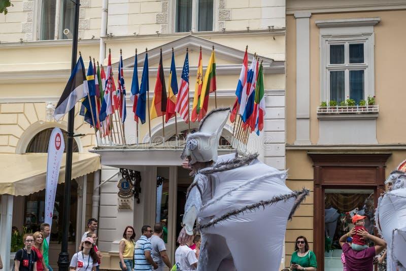 Les caméléons dansent l'équipage d'Allemagne image stock