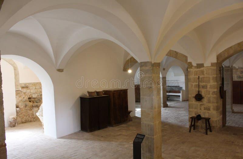 Les caves du monastère de Pedralbes à Barcelone photos stock