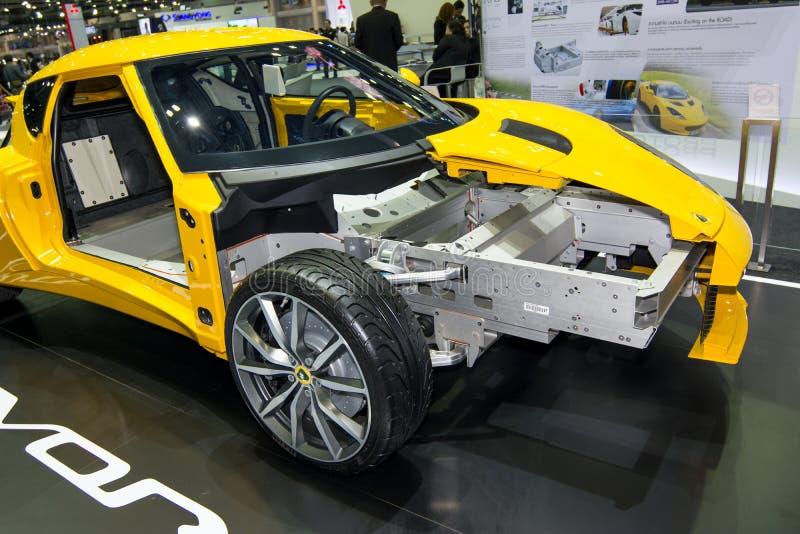 Les châssis de corps et le cadre de Lotus EVORA en Thaïlande circulent en voiture l'expo 2013 photos stock