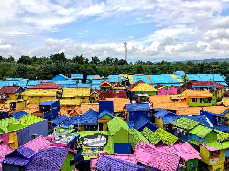 Les Chambres colorées de Kampung Warna Warni dans le village de Jodipan, Malang images libres de droits