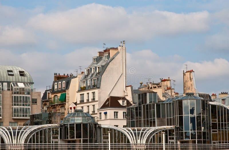 Les Chambres s'approchent du centre de Pompidou photos libres de droits