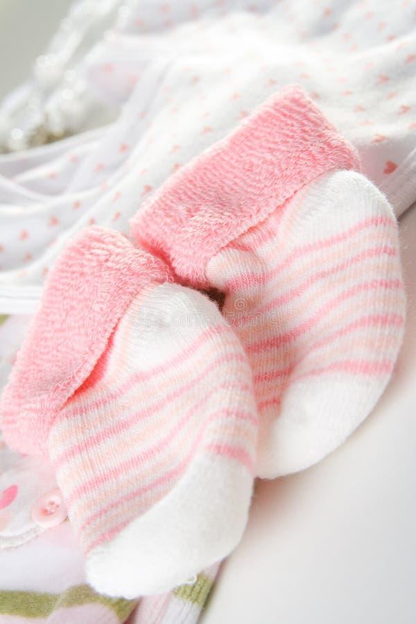 Les chaussettes du bébé photo libre de droits