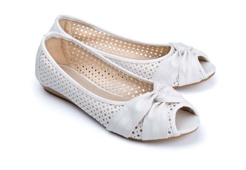 Les chaussures des femmes d'été image libre de droits