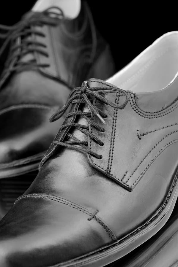Les chaussures en cuir des hommes photos libres de droits