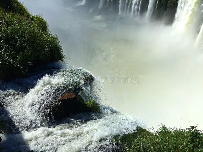 Les chutes d'Igua?u, Argentine - une des merveilles du monde photo stock