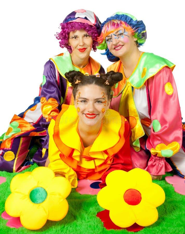 Les clowns effectuent l'amusement image libre de droits