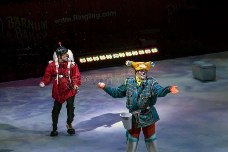 Les clowns exécutent chez Barclays à Brooklyn pendant le Ringling Bros Circ image libre de droits