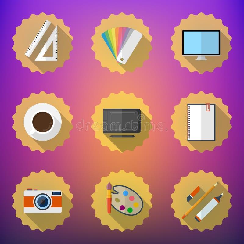 Les concepteurs bourrent l'ensemble plat d'icône incluent le bureau, appareil-photo, le graphique T illustration stock