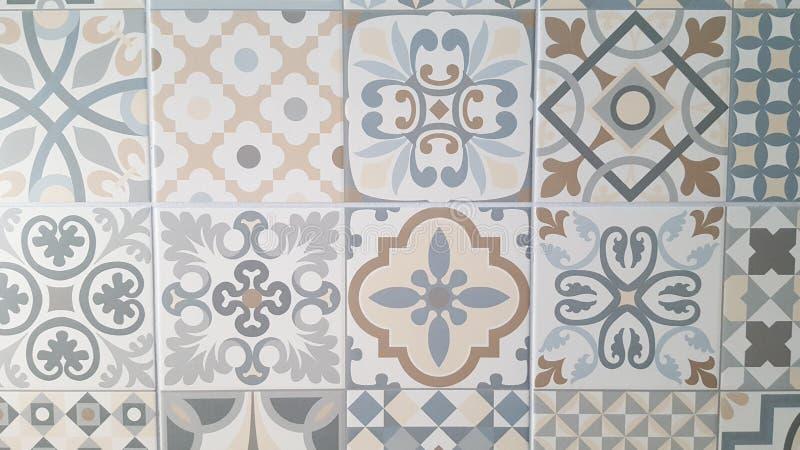 Les conceptions de mosaïque de fleur d'arabesque est le modèle ornemental parfait de tuile photographie stock libre de droits