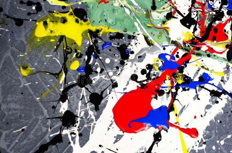 Les couleurs d'arc-en-ciel créées par le savon, bulle, art de mur, couleurs que le mixsigne à partir de l'huile fait peuvent empl image stock