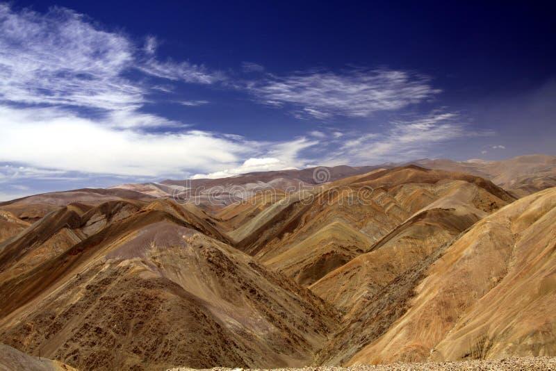 Les dépôts de minérai riches sont responsables de belles couleurs image libre de droits