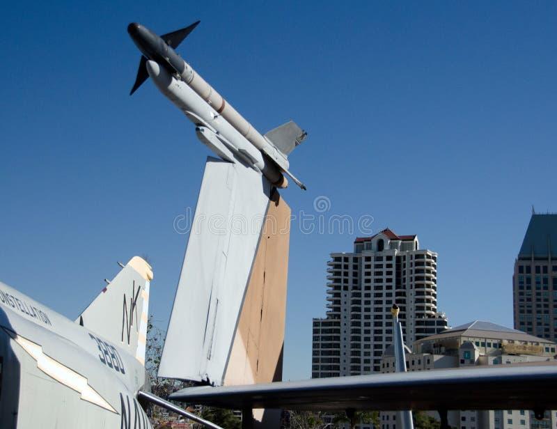 Les détails des avions militaires dans le musée de porte-avions, San meurent image stock