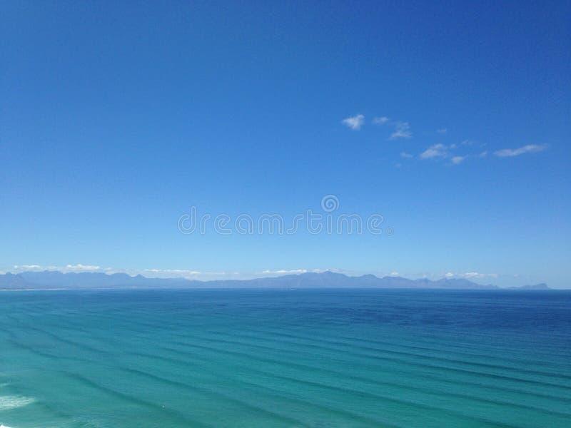 Les eaux claires images stock