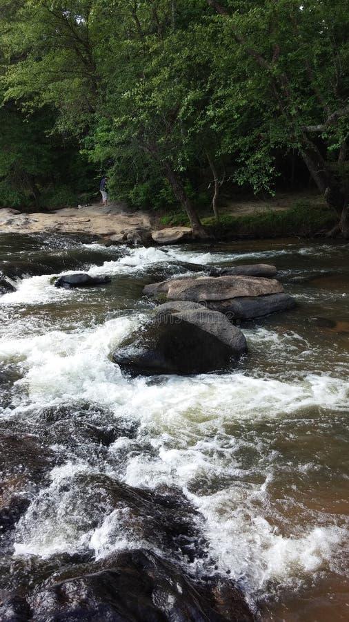 Les eaux rapides images libres de droits