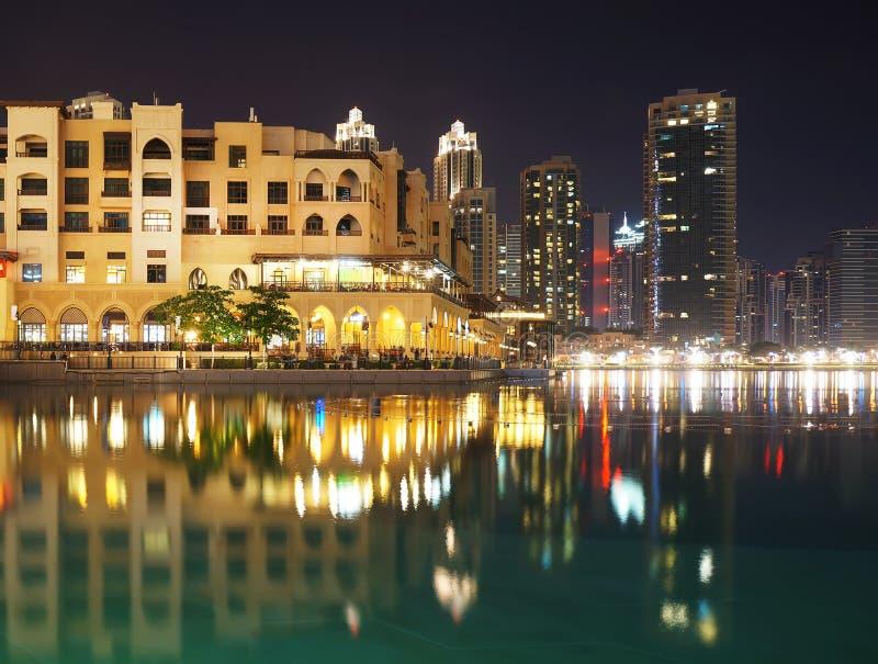 Les Emirats Arabes Unis Dubaï, devant le mail de Dubaï photographie stock