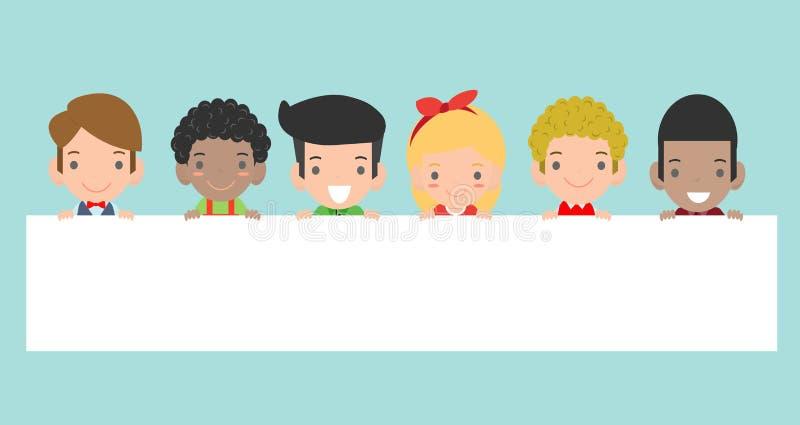 Les enfants piaulant derrière la plaquette d'isolement sur le fond prêt pour votre texte, préparent pour votre message Dans le st illustration libre de droits