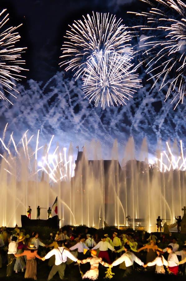 Les Epesses, Γαλλία - September 8, 2018: Μεγάλο φινάλε πυροτεχνημάτων σε Puy du fou στοκ εικόνες