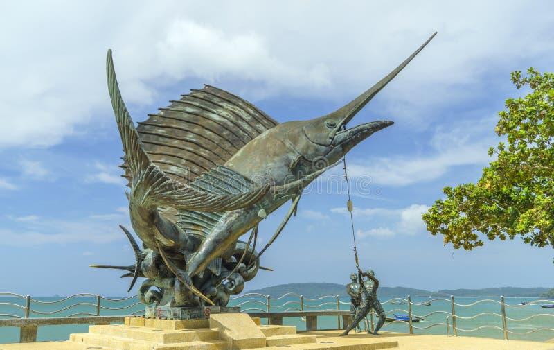 Les espadons sculptent orner la plage dans ao Nang photo stock