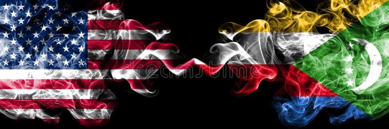 Les Etats-Unis d'Amérique contre les Comores, drapeaux mystiques fumeux comoriens placés côte à côte Drapeaux soyeux color illustration de vecteur