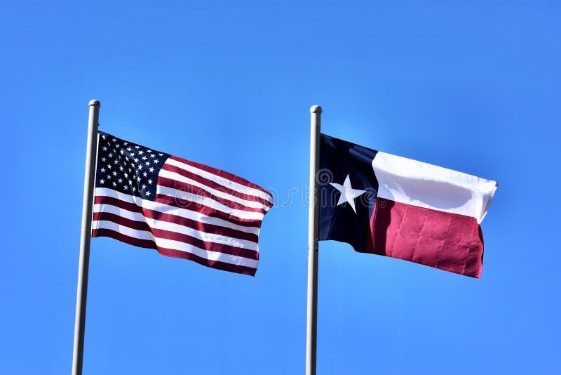 Les Etats-Unis et le Texas Flags photos stock