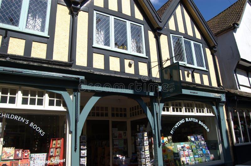 Les façades des magasins de l'historique rue Cheap, Frome, Somerset, Angleterre photos libres de droits