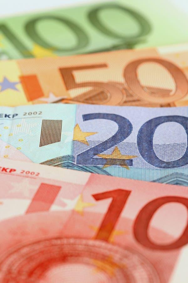 les factures ferment l'euro vers le haut photographie stock libre de droits