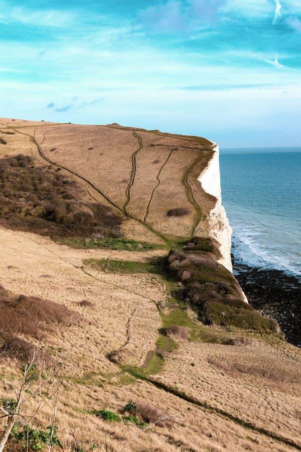 Les falaises blanches de Douvres image stock
