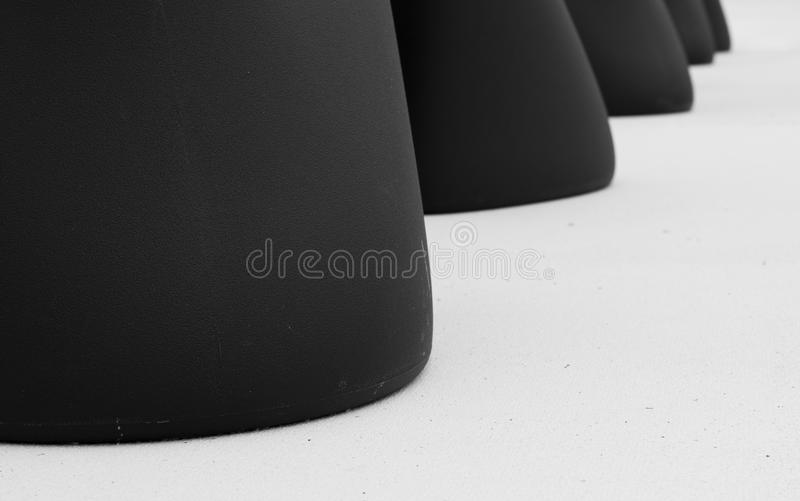 Les fonds de chaise sur le plancher photo libre de droits