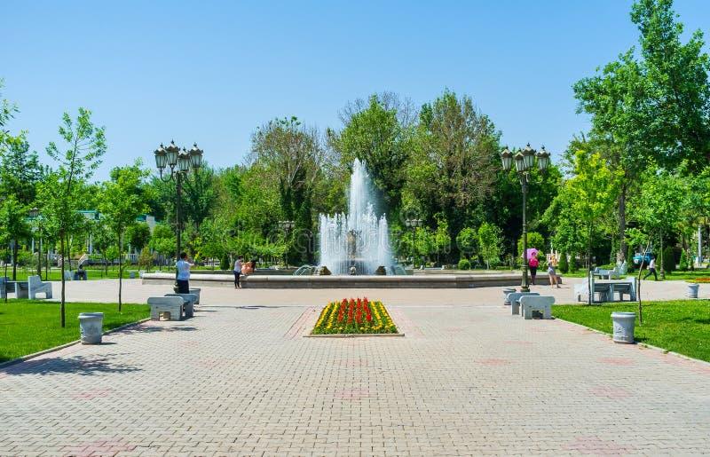 Les fontaines de Tashkent images libres de droits