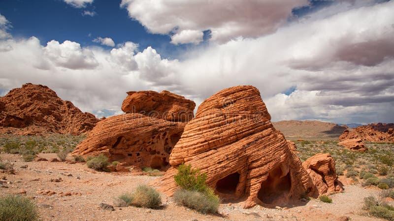 Les formations de roche de ruche dans la vallée du feu images stock