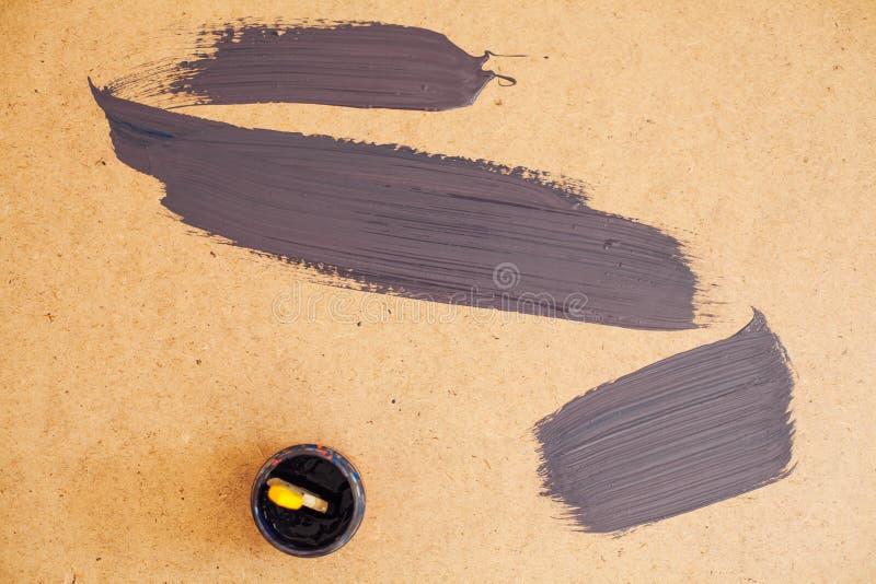Les frottis de l'artiste de pinceau brun en arrière-plan photos libres de droits