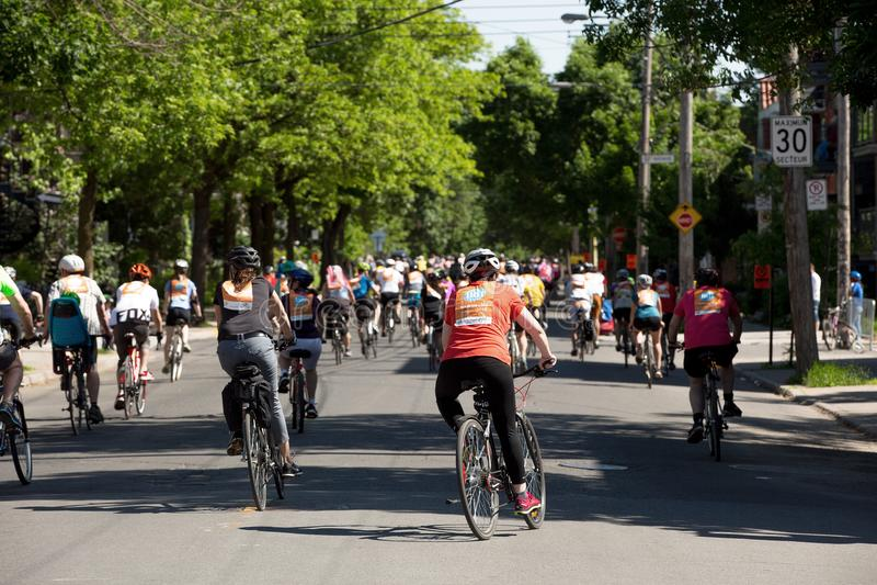 Les gens à la visite de l ile à Montréal dans le Canada photo stock