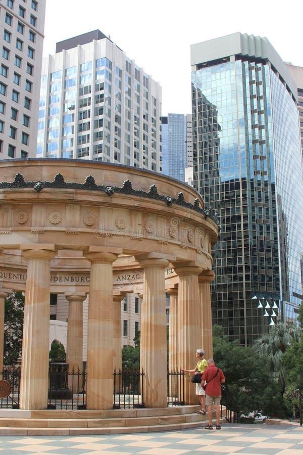 Les gens au tombeau du souvenir à Perth photographie stock