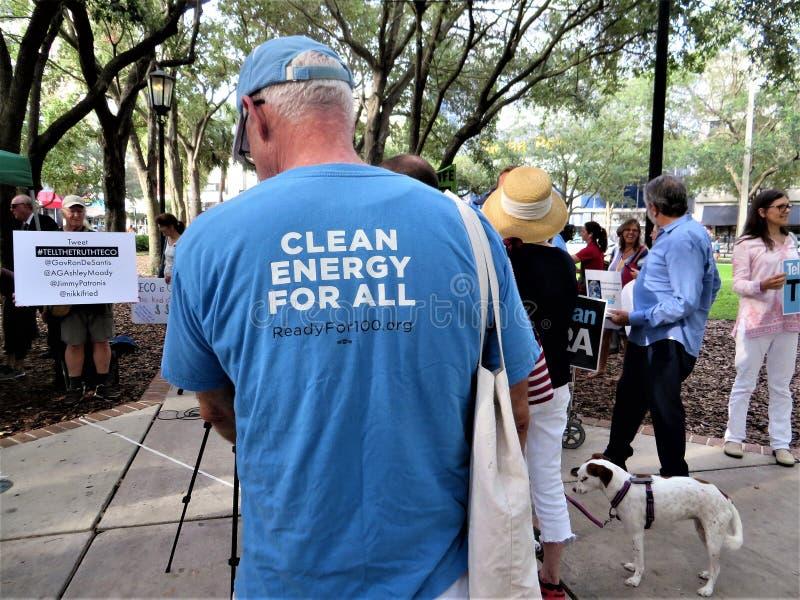Les gens contre la protestation de TECO, Tampa, la Floride photo stock