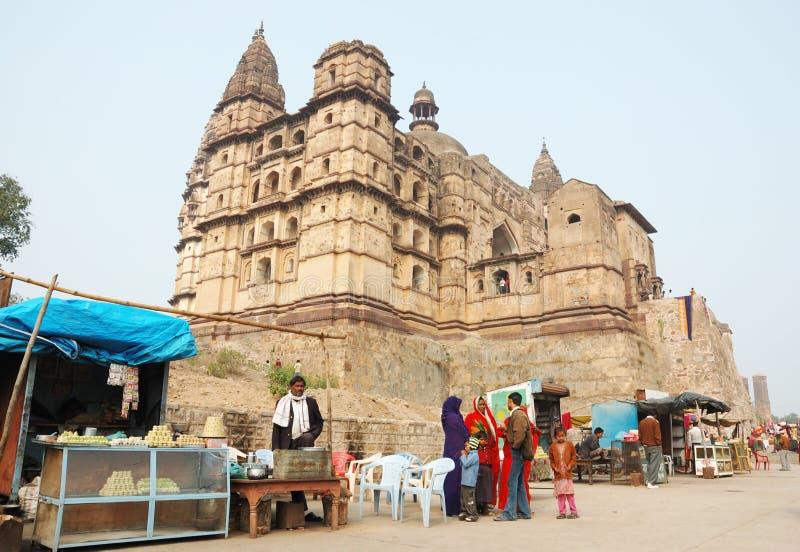 Les gens préparent aux vacances de Diwali, Inde photo libre de droits