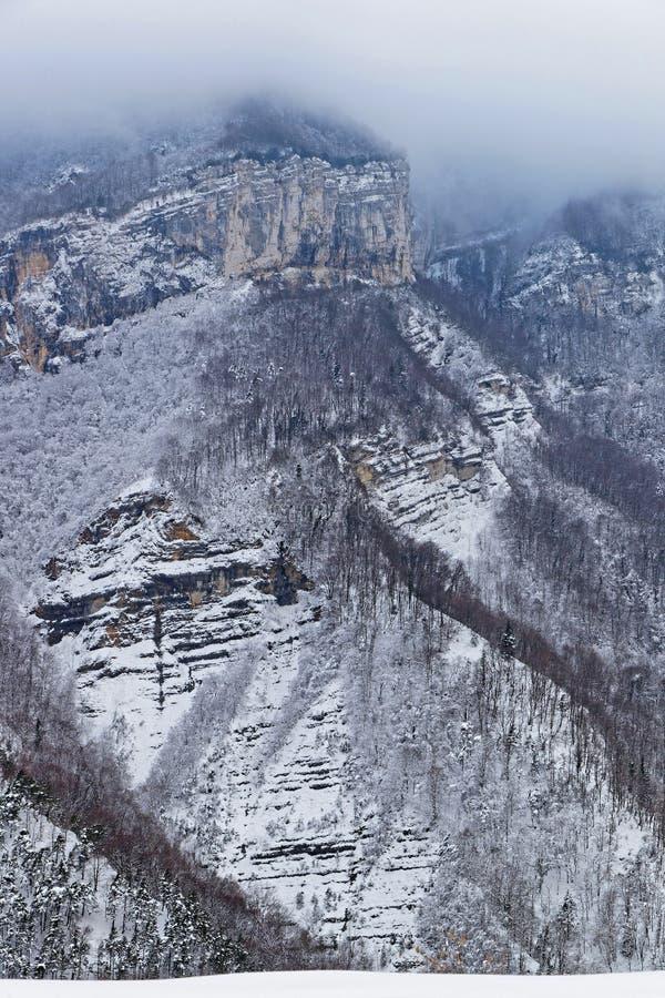 Les gorges de Goulets de Grands dans les Alpes français images libres de droits