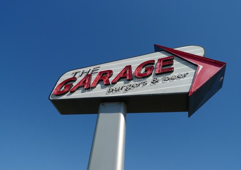 Les hamburgers de garage et la bière, Ville d'Oklahoma, OK image libre de droits