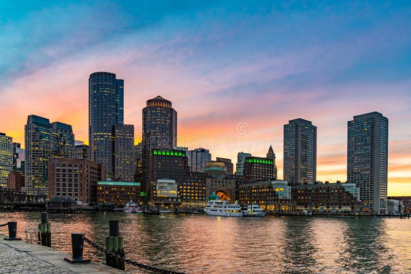 Les horizons du centre de Boston aboient photo stock