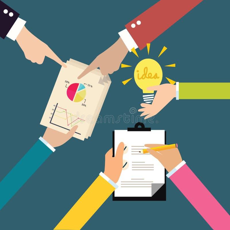 Les idées d'échange d'affaires font un brainstorm des mains sur la table faisant des notes partageant le diagramme et l'ampoule illustration de vecteur