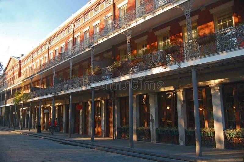 Les immeubles de Pontalba chez Jackson Square image libre de droits