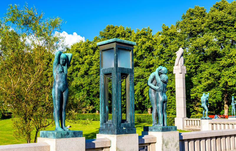 Download Les Installations De Sculpture En Vigeland Dans Frogner Garent - Oslo Photo stock éditorial - Image du architecture, modèle: 77151528