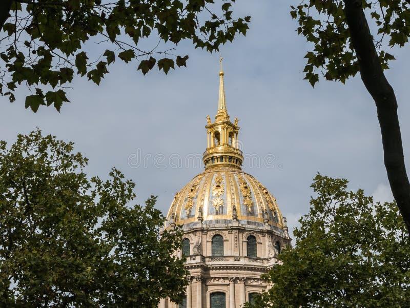 les Invalides,巴黎被镀金的圆顶  库存照片
