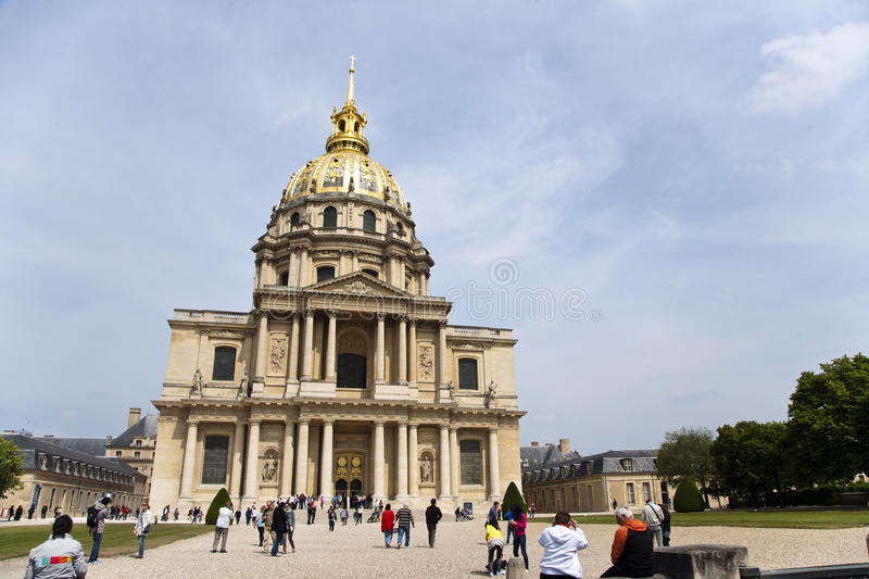 Download Les invalides editorial photography. Image of garden - 19414342