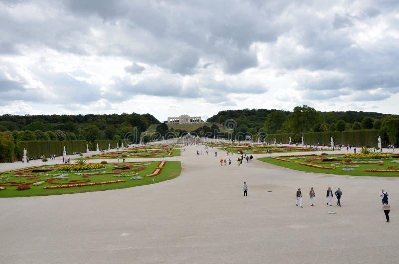Les jardins du palais impérial à Vienne photos libres de droits