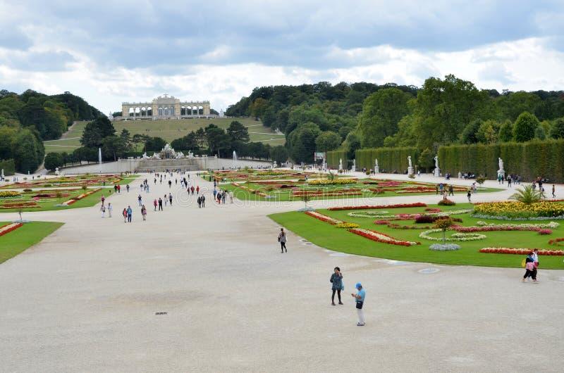 Les jardins du palais impérial à Vienne photos stock