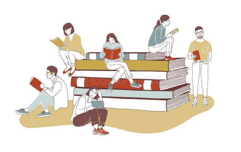 Les jeunes lecteurs masculins et féminins élégants se sont habillés dans l'habillement à la mode se reposant sur la pile de livre illustration de vecteur