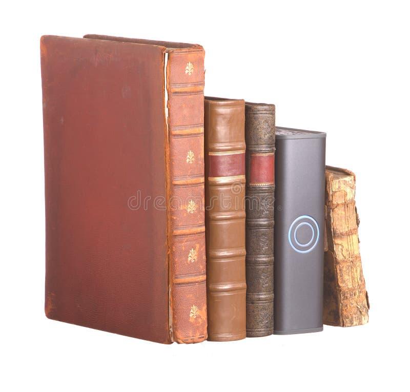 les livres bondissent ligne en cuir dure d'entraînement la vieille images libres de droits